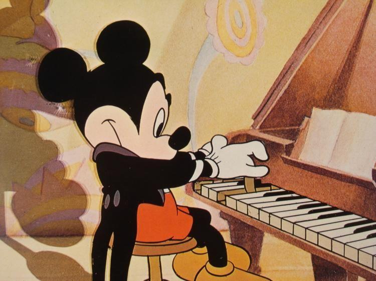 Mickey_Piano